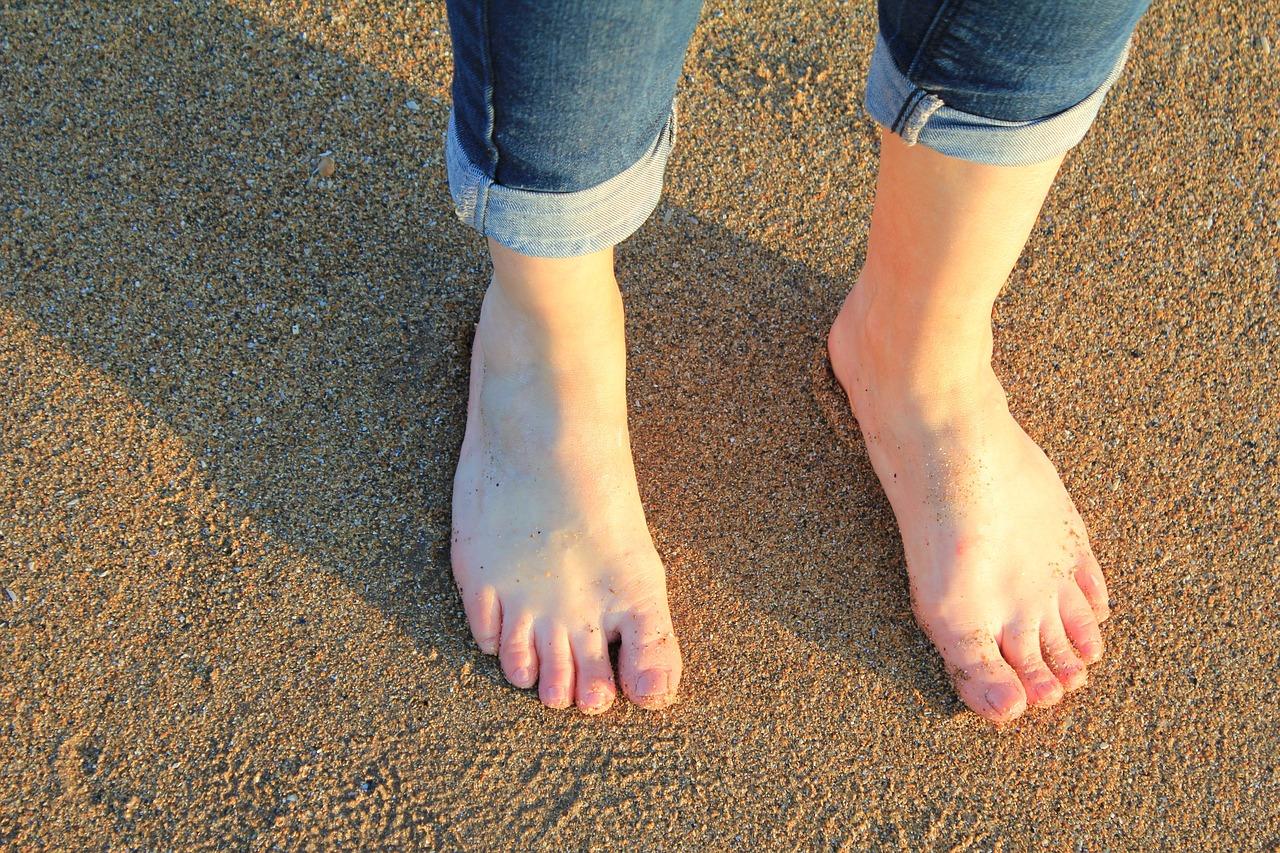 裸足にならなければ鍛えられない独特な部位 - 衝撃吸収のキモとなる筋肉?